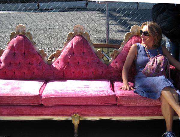 brooklyn-flea-pink-sofa-sm